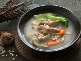 土茯苓煲汤 祛湿茯苓红豆莲子汤