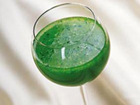 鲜芹菜汁的功效与作用
