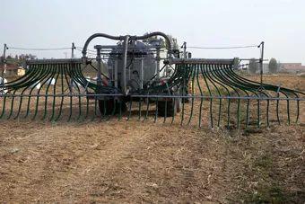 力争2025年畜牧养殖机械化率达50%