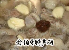 羊肉氽酸菜