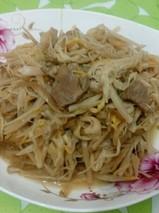 黄花菜炖猪肉的功效与作用