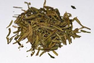 早白尖绿茶