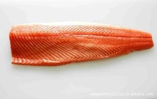 用马哈鱼下脚料加工制作鱼片