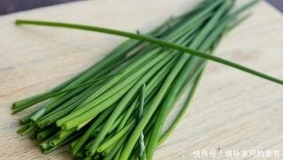温室黄瓜与温室韭菜的栽培管理